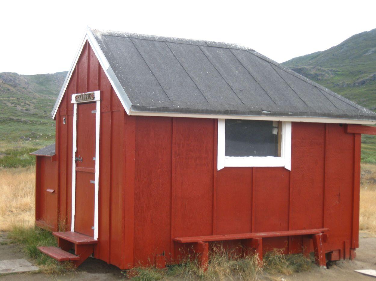 die erste Hütte